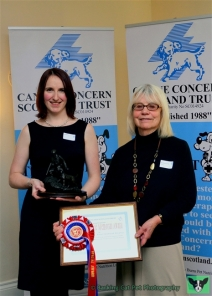 Patron Rosemary Long and Marion Findlay from the Edinburgh Volunteer Centre which hosts the Volunteering Hub at Royal Edinburgh Hospital, winners of the Iain Whyte Memorial Award